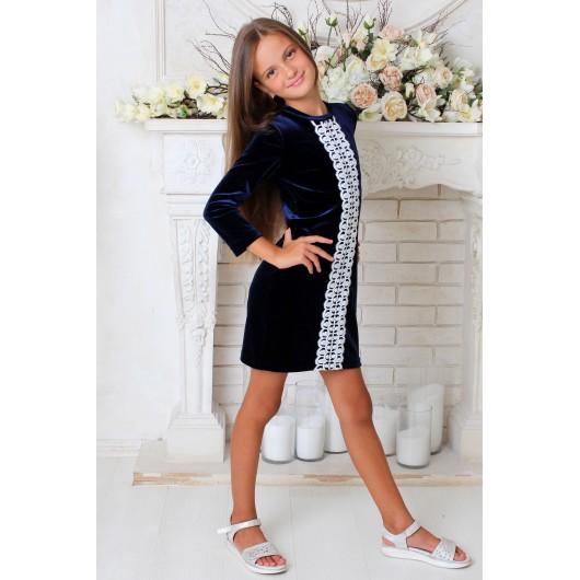 Платье бархатное с кружевом